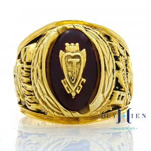 Nhẫn vàng tây