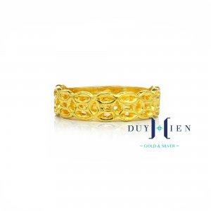 Nhẫn vàng ta