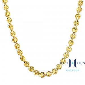 dây chuyền vàng cho phụ nữ trung niên gồm nhiều hình biểu tượng đồng tiền xu vàng đẹp